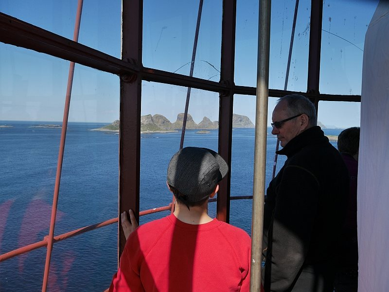 Elin gives a guided tour of the lighthouse.