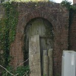 ...and Hampshire's Secret Garden...and, no, I didn't get to see what was beyond...I can imagine though :)