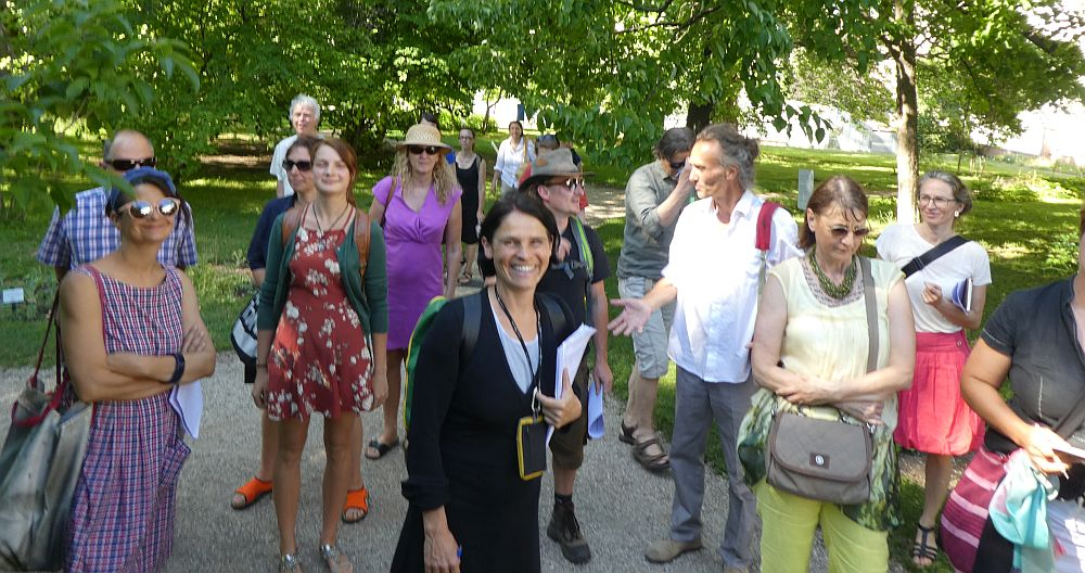 The participants of the walk and talk. Thanks to  Arche Noah's Ursula (in front) for organising my visit!